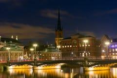 Nattsikt av Stockholm, Sverige Royaltyfria Bilder