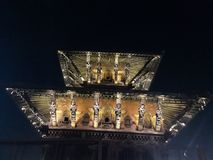 Nattsikt av templet på Patan royaltyfria bilder