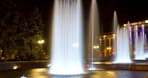 Nattspringbrunn Royaltyfri Fotografi