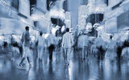 Nattstad av avsiktlig rörelsesuddighet Royaltyfria Bilder