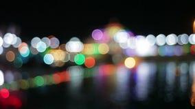 Nattstad med färgrika lyktor Bokeh arkivfilmer