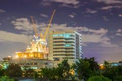 Nattstadsscape på Bangkok Arkivfoto