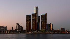 natttimelapse för 4K UltraHD av den Detroit horisonten arkivfilmer