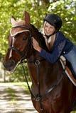 Nattvardsgång mellan ryttaren och hästen royaltyfri fotografi