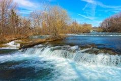 Natur av Niagara Falls på amerikansk sida Arkivbild