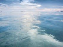 Natur-Bad im Meer stockfoto
