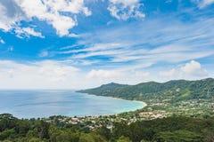 natur seychelles för liggande för la för bakgrundsdigueö port seychelles för kustlinjeömahe royaltyfri foto