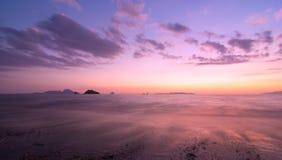 Natura colourful di tramonto sul mare delle Andamane Tailandia fotografie stock libere da diritti