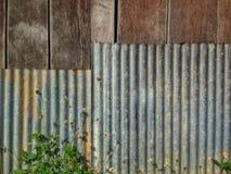 Natura dello zinco del recinto Fotografia Stock Libera da Diritti