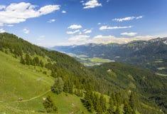Natura di Lesachtal Gailtal del paesaggio di estate delle montagne dell'Austria Fotografia Stock