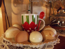 Natura morta ceramica dell'uovo Fotografia Stock