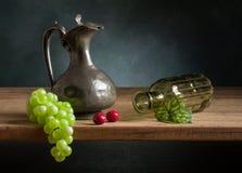 Natura morta classica con frutta Fotografie Stock