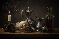 Natura morta classica con i vecchi oggetti Fotografie Stock Libere da Diritti