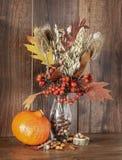 Natura morta con Autumn Crops fotografie stock libere da diritti