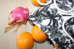 Natura morta con le arance e la borsa Fotografia Stock Libera da Diritti