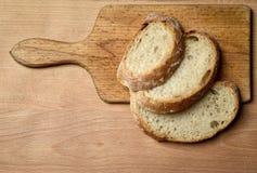 Natura morta con pane affettato Fotografia Stock Libera da Diritti