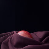 Natura morta con una mela Fotografia Stock Libera da Diritti
