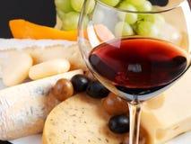 Natura morta del formaggio con vino Fotografia Stock Libera da Diritti