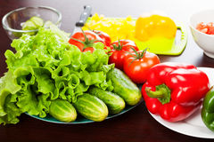 Natura morta delle verdure sul piatto Immagini Stock