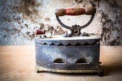 Natura morta di ferro antico Immagini Stock