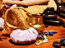 Natura morta di massaggio della stazione termale di Ayurvedic Fotografie Stock Libere da Diritti