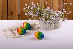 Natura morta di Rromantic Pasqua nel bianco Immagine Stock