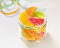 Natura morta multicolore di Jelly Gummi Candies della frutta Immagine Stock