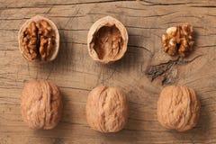 Natura morta rustica della frutta sana delle noci Immagini Stock