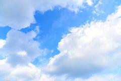 Natura niebieskie niebo z chmurą w ranku Zdjęcie Stock