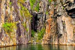 Natura północni regiony: falezy i morze Zdjęcie Stock