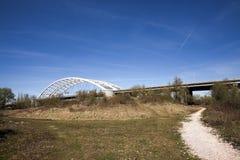 Natura pod mostem obrazy royalty free
