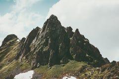 Natura selvaggia di viaggio di estate del paesaggio del picco di Rocky Mountains Immagini Stock