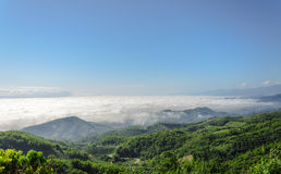 Natural landscape of mountains and sea of mist Royalty Free Stock Photos