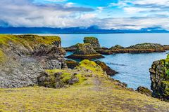Free Natural Landscape Of Beautiful Mossy Cliff Royalty Free Stock Photos - 130774168