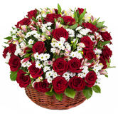 Natural red roses in a basket Royalty Free Stock Photography