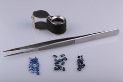 Natural sapphire. And tools gemologist Royalty Free Stock Images