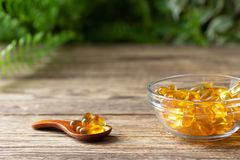 Free Natural Vitamins And Supplements. Herbal Medicine Pills. Royalty Free Stock Images - 161447449