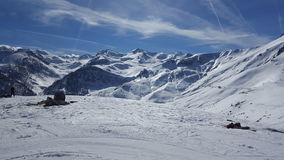 Naturaleza del esquí del invierno de la montaña Fotografía de archivo
