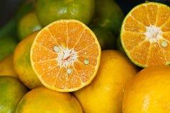 Naturaleza dulce Juice Fresh verde anaranjado de la mandarina de la comida orgánica de Tailandia Foto de archivo