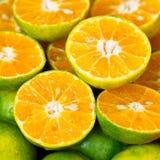Naturaleza dulce Juice Fresh verde anaranjado de la mandarina de la comida orgánica de Tailandia Fotos de archivo