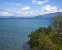 Naturaleza en el lago Ohrid macedonia imagenes de archivo