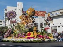 Naturaleza, flotador del estilo del insecto en Rose Parade famosa Foto de archivo