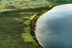 Naturaleza salvaje de Kamchatka Monta?as de Kamchatka Naturaleza de Kamchatka, Rusia foto de archivo