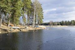Naturaleza y paisaje suecos en la primavera Imagenes de archivo