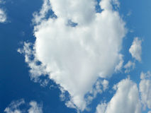 Naturally heart shaped cloud Royalty Free Stock Images