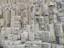 Naturalna bazalt ?ciana w ska?y teksturze, Iceland zdjęcie stock