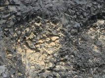 Naturalna bazalt ?ciana w ska?y teksturze, Iceland obrazy stock