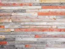 Naturalna drewno deska barwiona czerwień zaszaluje tekstury tło zdjęcie royalty free
