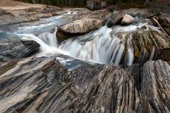 Naturalna mostu i werteba rockowa formacja nad kopanie koniem Ri zdjęcia stock