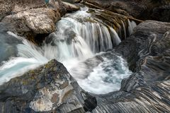 Naturalna mostu i werteba rockowa formacja nad kopanie koniem Ri zdjęcie stock